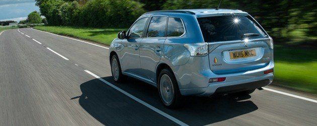 Top 10 hybrid and electric cars