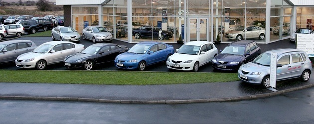 Top 10 tips for staying safe when buying a car